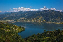 phewa lake (place to visit in nepal)