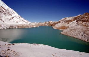 tilicho lake (place to visit in nepal)